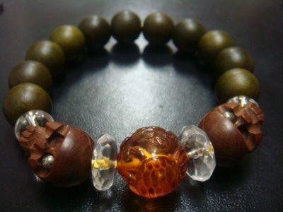 画像3: 京都・パワーストーン/【鶴亀】彫刻アンバー(琥珀)、【髑髏】彫刻柘植(片目にパイライトイン)、みかん玉水晶、【天然石の京屋】