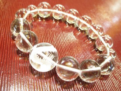 画像1: パワーストーン・京都/【高品質AAA】【本水晶】【皇帝龍(五本爪の龍)】大玉20mm、数珠型ブレスレット、《手首3Lサイズ20cm》桐箱付き【伏見の京屋】