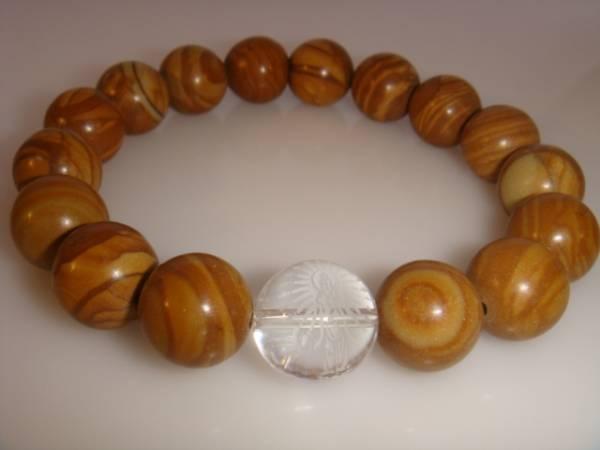 画像1: ◆◇彫刻水晶【千手観音】木紋石 数珠ブレス◇◆